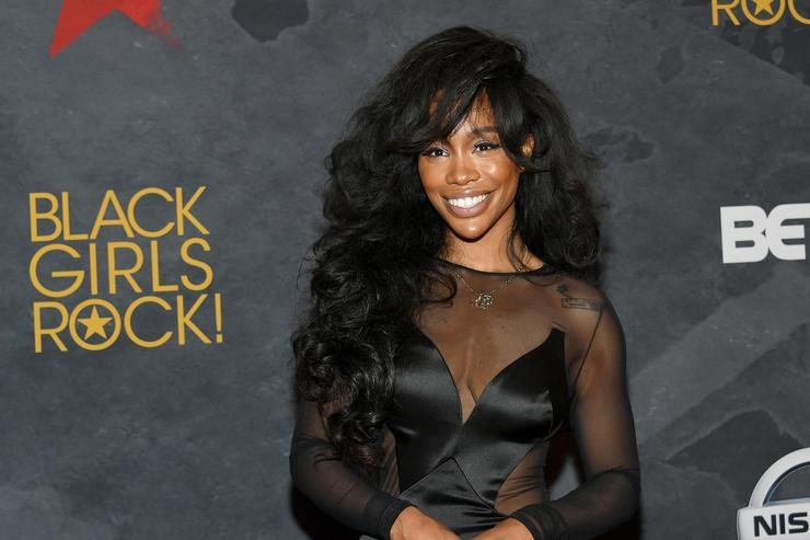 SZA's Back In The Studio Making Music We Can't Wait For